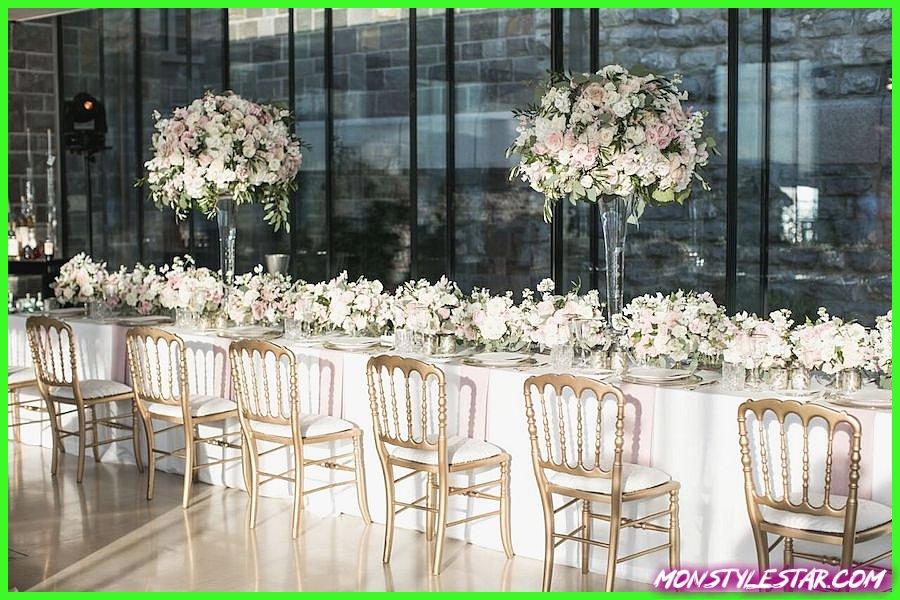 Mariage de luxe dans une destination florale remplie de fleurs en Suisse