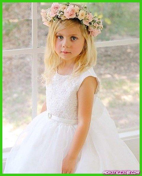 Photo de 15 coiffures de fille de fleur mignonne