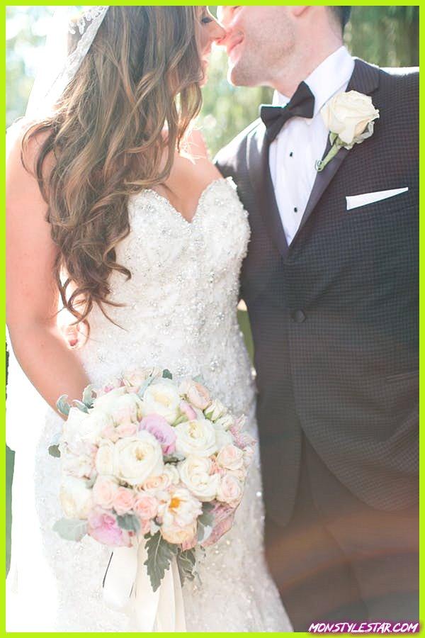 Mariage classique rose et pêche du New Jersey au parc Addison