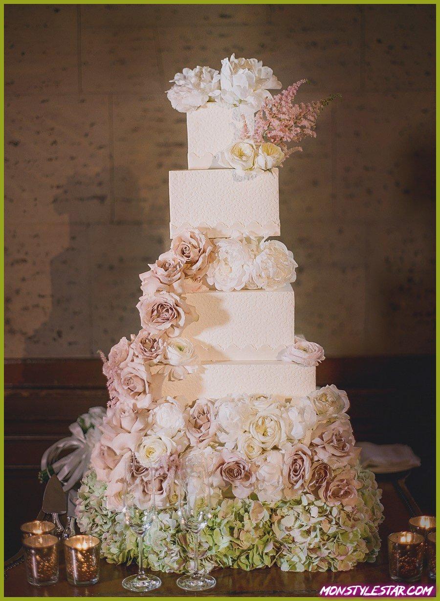 Mariage glamour de la salle de bal de Los Angeles avec des détails roses et blancs
