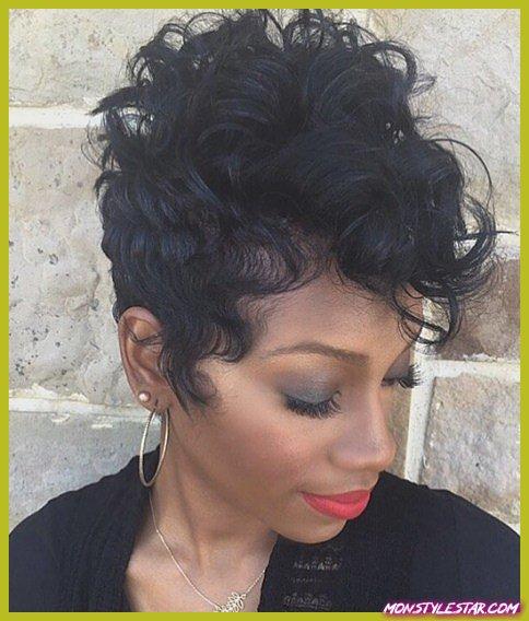 Afro-américain Curly Pixie avec Bangs-Pixie Coupes de cheveux avec Bangs