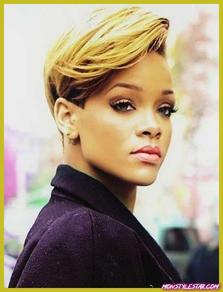 Coiffures courtes de Pompadour- Rihanna