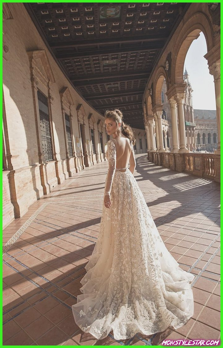 Robes de épousée modernes à la méthode de BERTA Amas Séville 2018