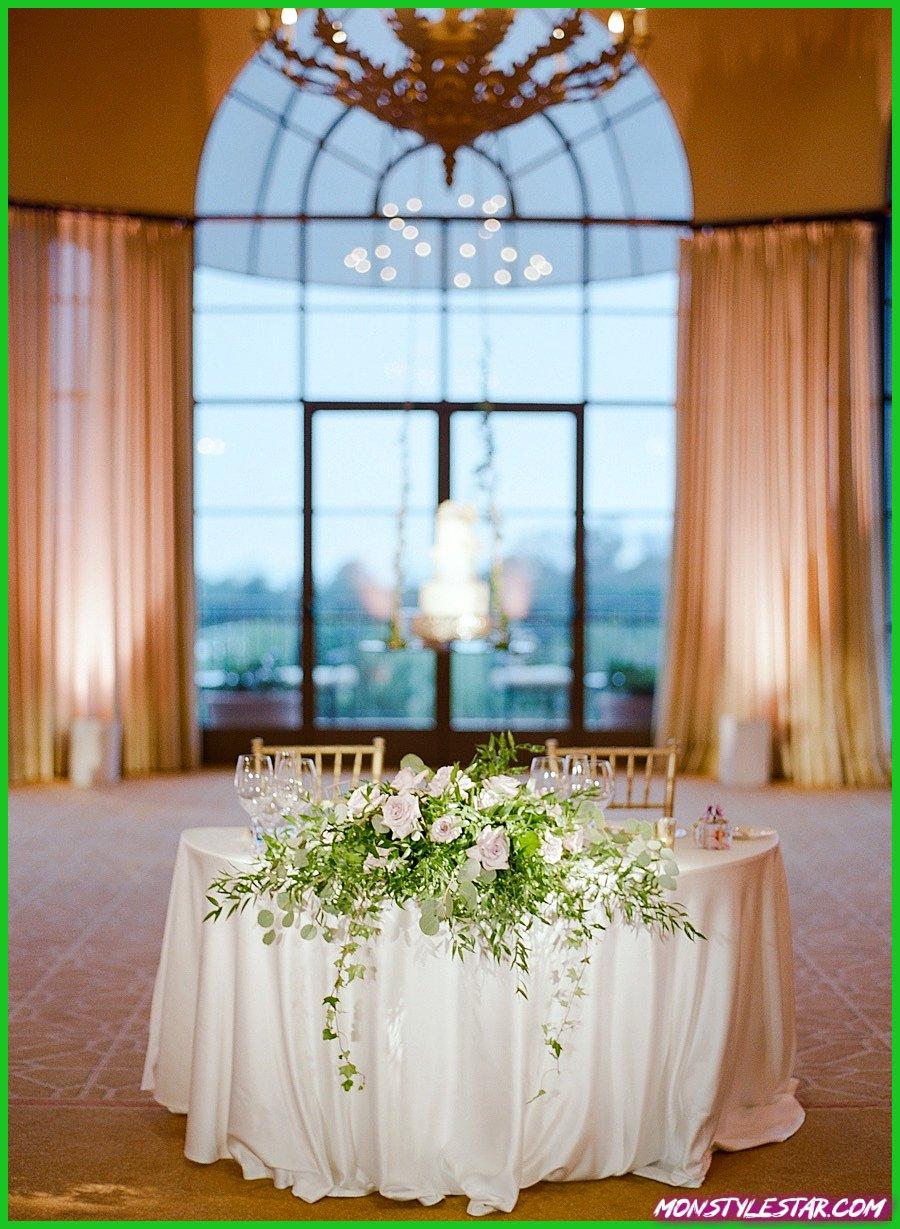 Mariage rose classique en Californie au Pelican Hill Resort