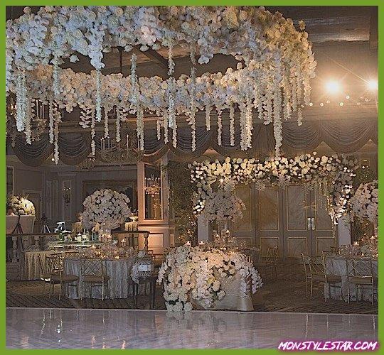 Photo de Mariage glamour à New York dans la salle de bal à l'hôtel Pierre