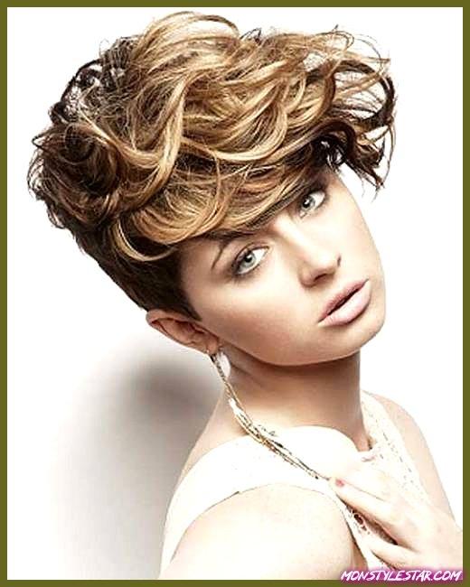 Photo of 25 coiffures courtes ondulées inspirantes