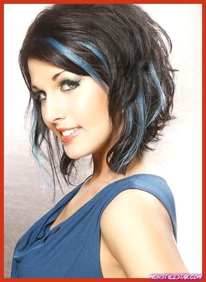 Pastel Blue Streaks Pastel Couleurs De Cheveux