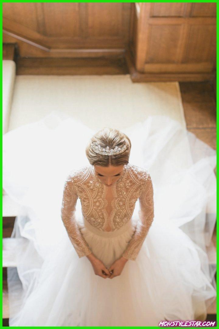 Une séance d'inspiration majestueuse en mariage en Angleterre inspirée par la Couronne