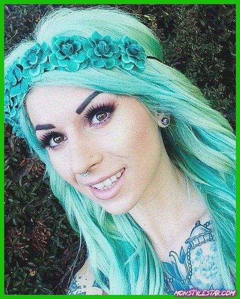 Couleurs de cheveux pastel vert menthe
