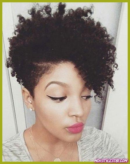 Asymétrie avec Flat Twists-Coiffures naturelles pour les cheveux courts