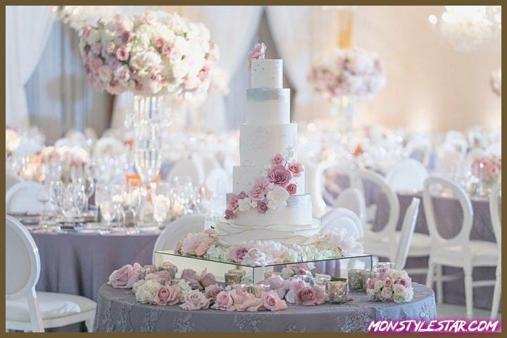Mariage glamour de lavande et de blush à Beverly Hills avec un thème de jardin parisien