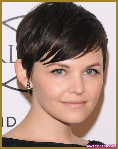 Long Pixie Cut avec Edgy Bangs