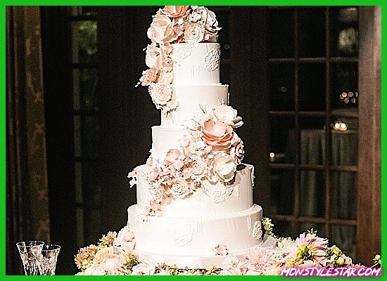 Photo de Mariage de luxe à Dallas avec des détails de fard à joues de Samuel Lippke Sudios