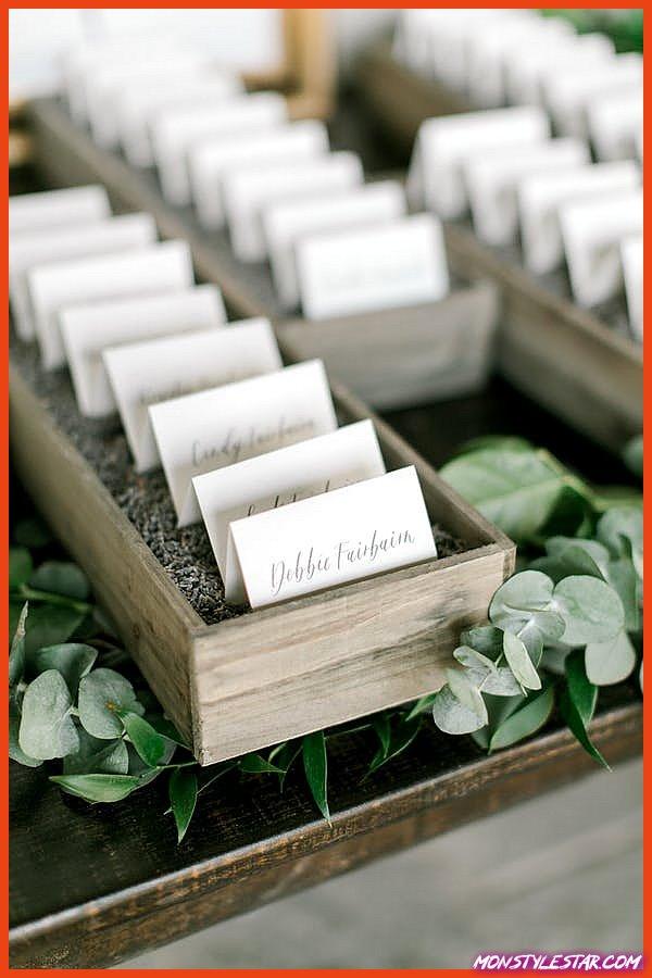 Mariage chic dans un jardin de fard à joues à Langdon Hall de Richelle Hunter Photography