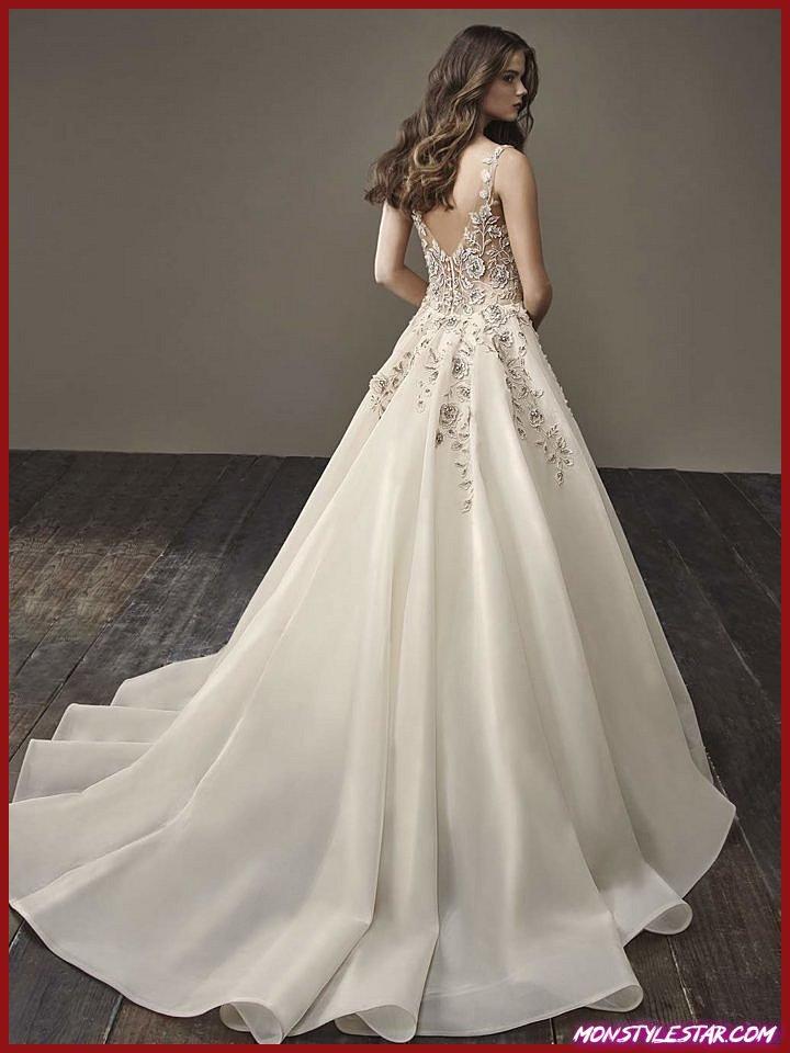 Glamourously Modern Badgley Mischka Robes de Mariée Collection Bride 2018