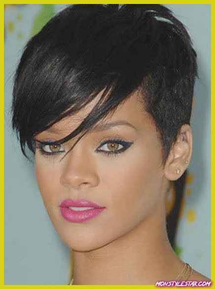Bold and Edgy Look- Les coiffures courtes de Rihanna