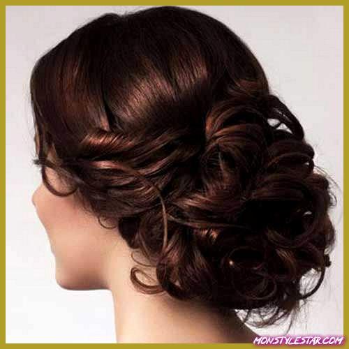 Updos désordonné pour cheveux longs