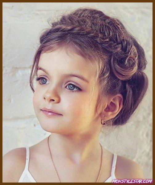Photo de 20 meilleures coiffures revers les petites filles