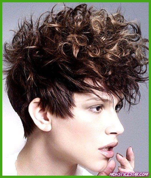 20 coiffures courtes ondulées quant à les filles
