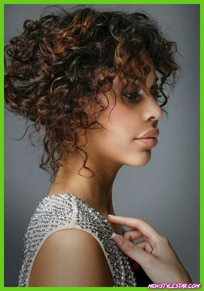 20 coiffures frisées naturelles