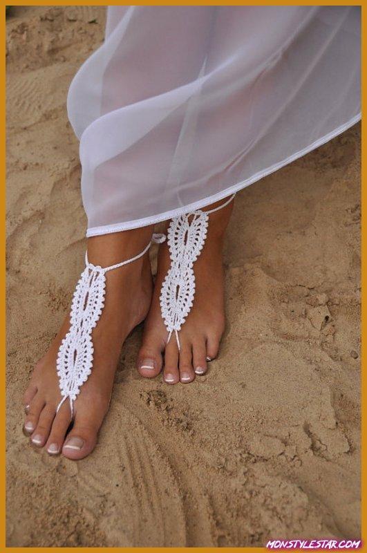 Photo de 58 bijoux aux pieds nus