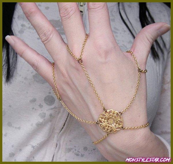 Photo de 65 pièces de bijoux les plus chaudes